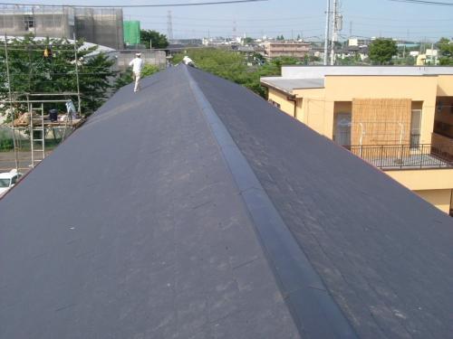 カラーを変えて! アパートの屋根葺き替え